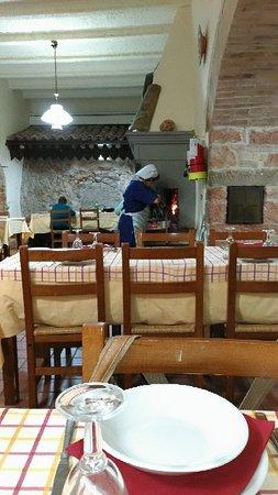 Taverna della Rocca : P_20171030_124546_vHDR_Auto_large.jpg