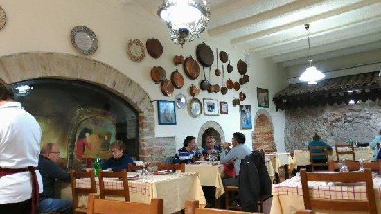 Frontone, Italia: P_20171030_124552_vHDR_Auto_large.jpg
