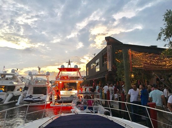 Nautical Marine Charters Dinner At Miami S Best Waterfront Restaurants