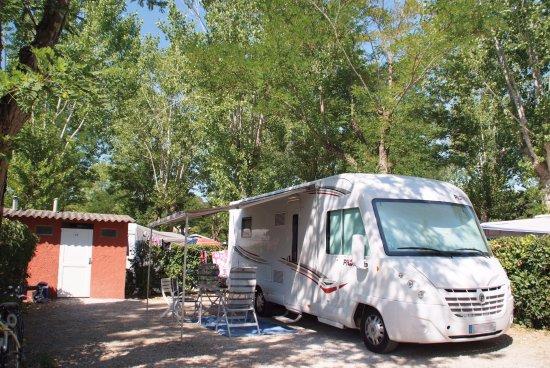 Emplacement photo de camping sandaya riviera d azur - Camping les jardins de villepey saint aygulf ...