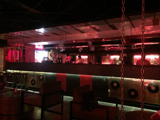 Good Bar ambience with lovely retro music