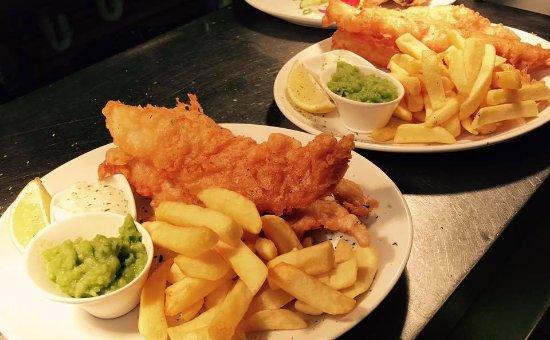 Larkhall, UK: Fish & Chips 
