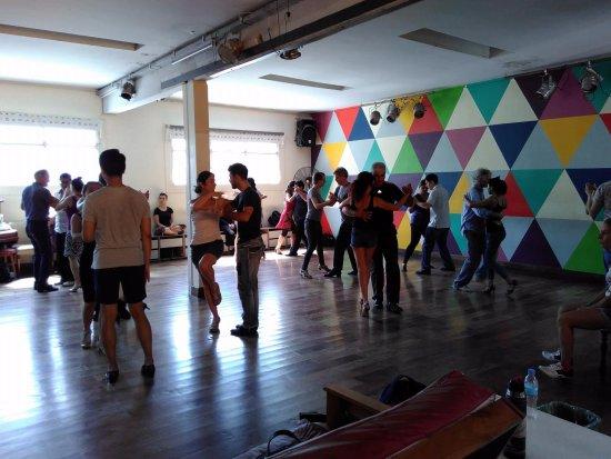 dni tango trainers