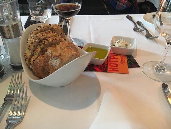 Kloetzer's Kleines Restaurant: photo0.jpg