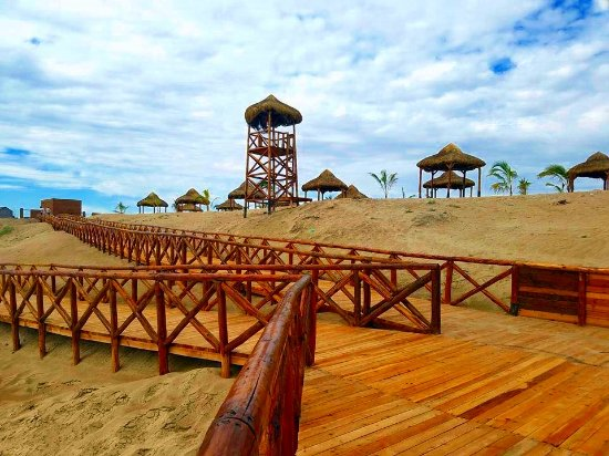 Bahia Kino, Mexico: Rampa del parque inclusivo más completo de México.