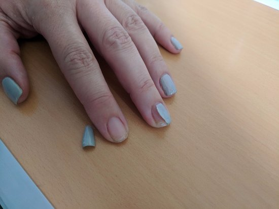 Debenhams: Nails Inc gel manicure - Day 10 - yet another gel comes off