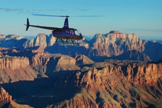 Springdale, UT: Scenic Helicopter tours of Zion National Park