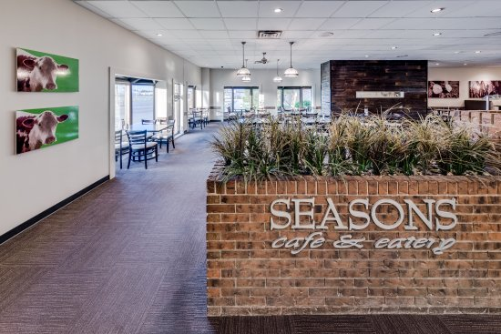 Taber, Canadá: On-site restaurant - Seasons Cafe & Eatery