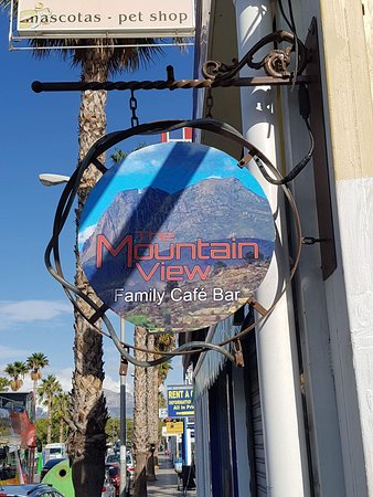 The Mountain View Family Cafe Bar