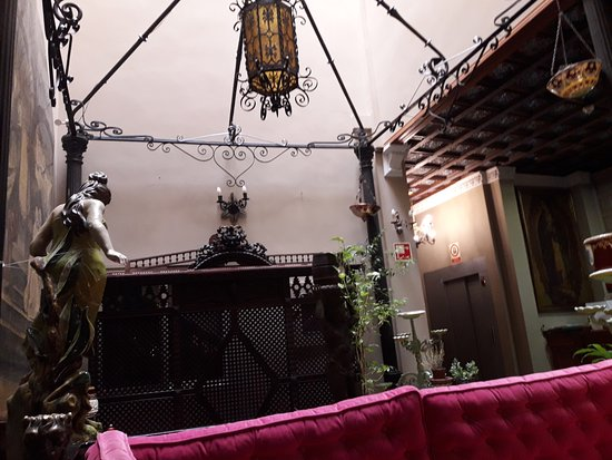 Hotel Convento La Gloria: Hall