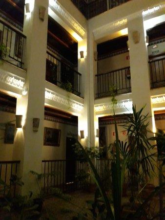 Hotel Convento La Gloria: Patio interno
