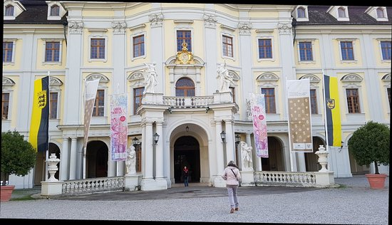bluhendes barock ludwigsburg germany top tips before you go with photos tripadvisor. Black Bedroom Furniture Sets. Home Design Ideas