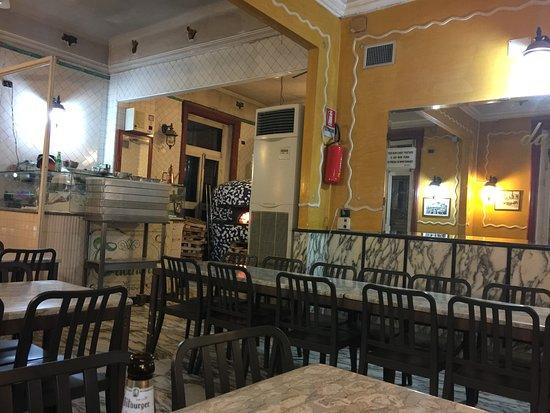 Trianon da Ciro: Locale