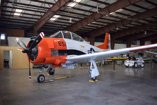 วิลเลียมส์, อาริโซน่า: T-28 Trojan