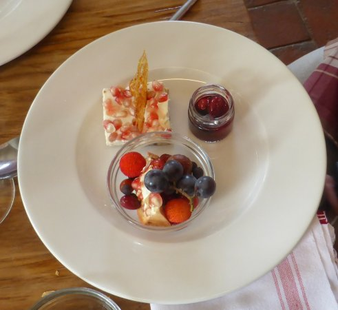 Pud: pomegranate, grapes, compote and dogwood fruit (apparently).