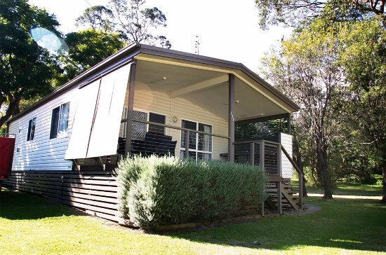 Shoalhaven, أستراليا: Tall Timbers Spa Cabin - exterior 