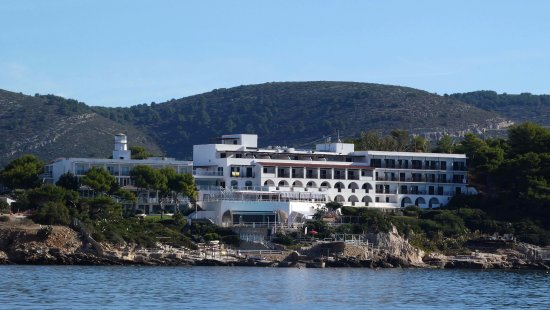 El Faro Hotel: View from the sea
