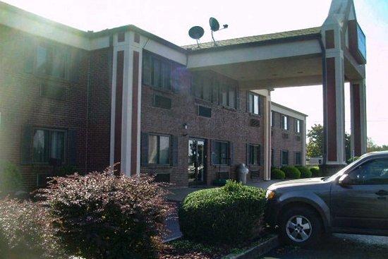 Shelbyville, KY: Hotel exterior