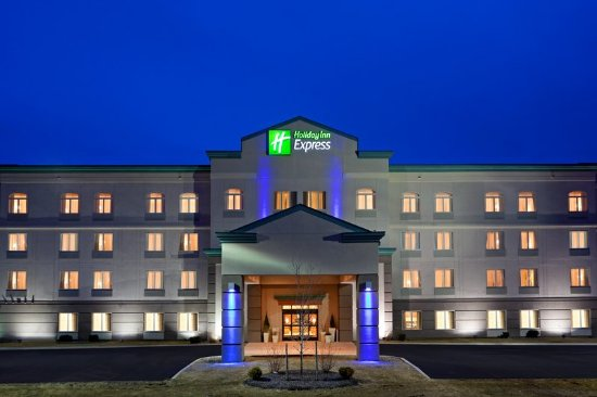Holiday Inn Express Syracuse / Fairgrounds: Our quiet location off at the cross roads of 690 and 90 in Warners