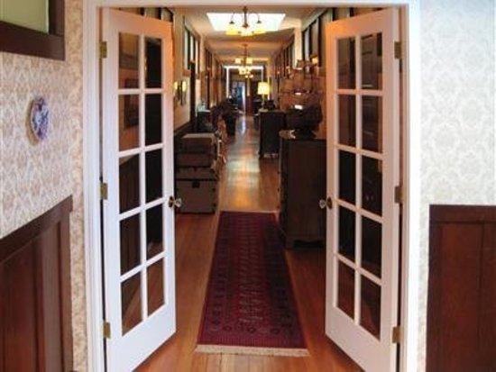 Reedley, CA: Hallway