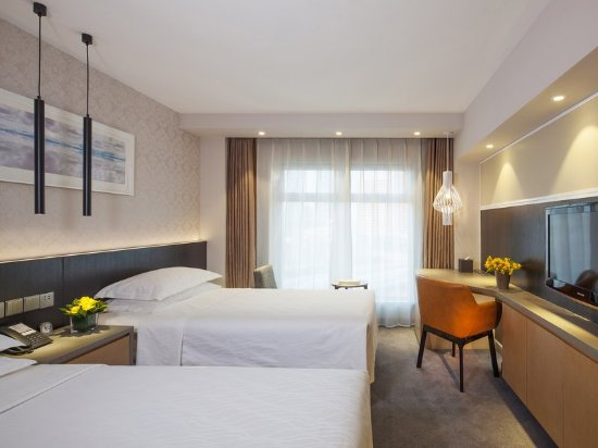 Landmark Towers Hotel: Superior Room Twin Bed at Beijing Landmark Hotel