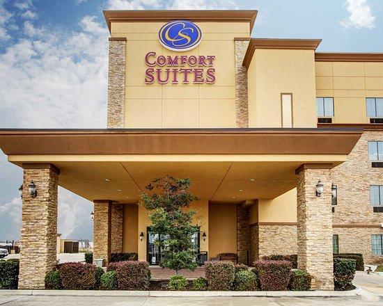 Comfort Suites Buda – Austin South Hotel: Hotel exterior