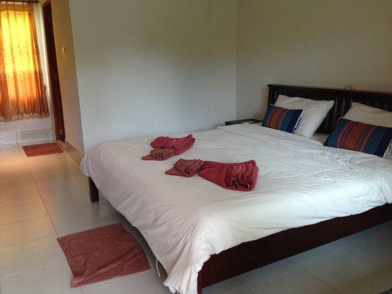 Hana Lanta Resort: 部屋はありきたりの部屋、