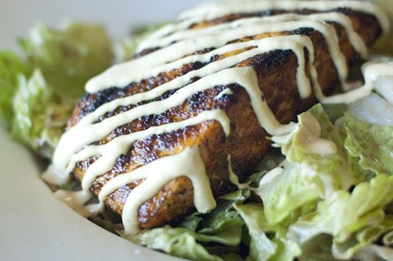 Chino Hills, CA: Blackened Salmon Salad, made to order.  Love it!