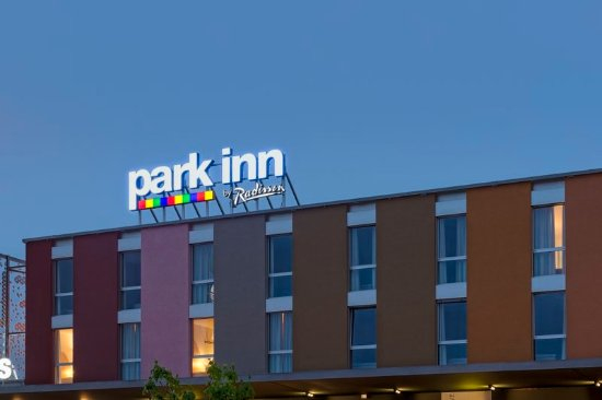 Park Inn by Radisson Lully: Exterior