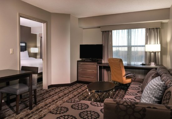 Franklin, MA: One-Bedroom Studio Suite