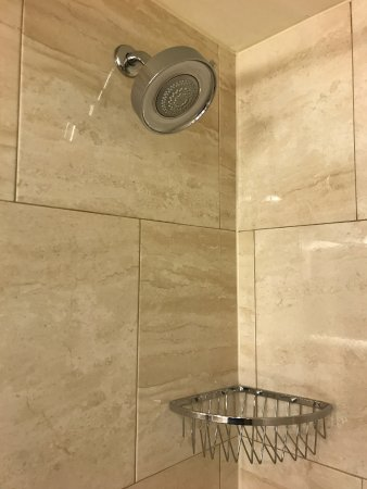 Shower head with multiple settings - Picture of Sheraton