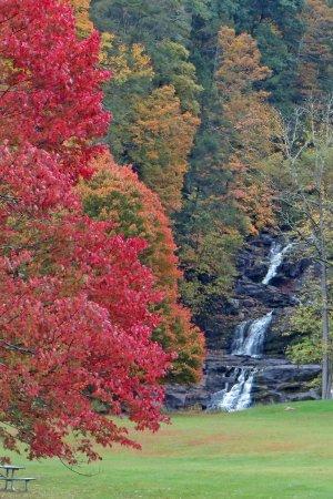 Kent Falls State Park: Kent Falls