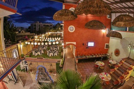 Jardín Y Terraza Para Eventos Picture Of La Casona