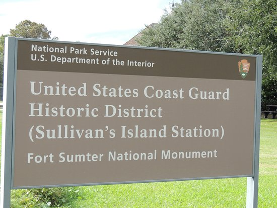 Sullivan's Island Lighthouse: Road sign