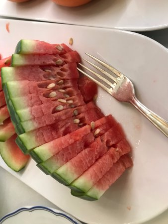 Grand Hotel: dry and overripe watermelon at breakfast