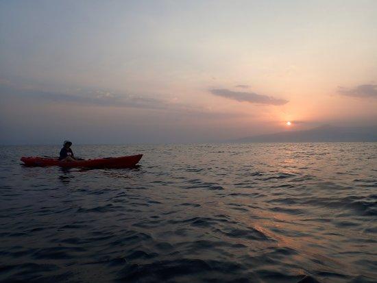 جيبوتي, جيبوتي: Sunset at Raissali, near Tadjoura, Djibouti