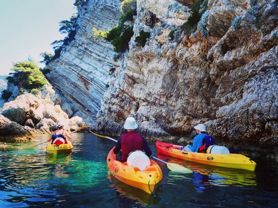 WearActive: Kayak trip to Komiza..