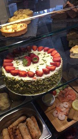 Lenham, UK: Our lovely homemade cakes