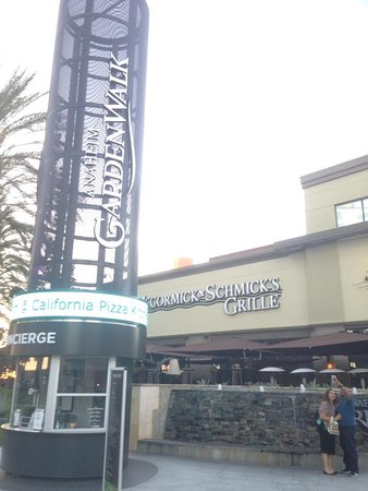 The Shops At Anaheim Gardenwalk All You Need To Know Before You Go With Photos Tripadvisor