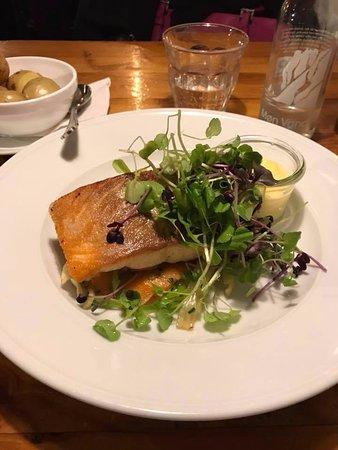 Restaurant Puk: Baked Salmon main course
