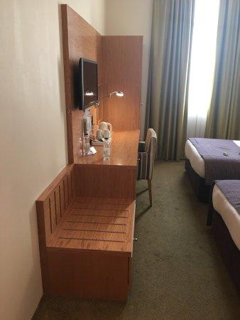 Holiday Inn Express Dubai Airport: photo5.jpg