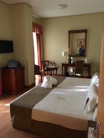 Hotel Becquer: photo1.jpg
