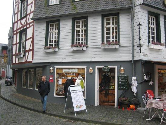Cafe Kaulard: Buitenaanzicht
