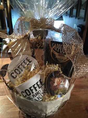 the warehouse gift shops custom designed baskets of all kinds coffee wine