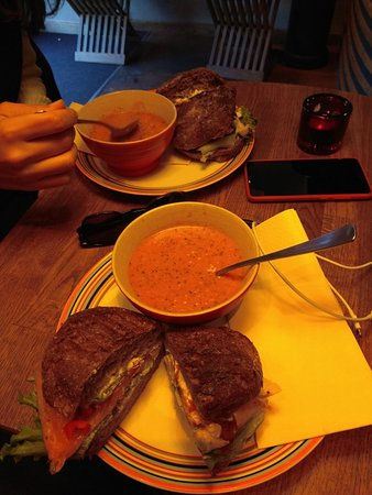 Grams Laekkerier (Lunch): IMG_20171030_135413_large.jpg