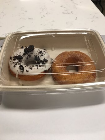 Oxon Hill, MD: Doughnuts (Cookies n Cream & Cinnamon Spice)