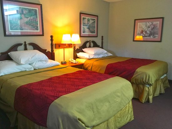 Calera, AL: Two Double Beds Suite