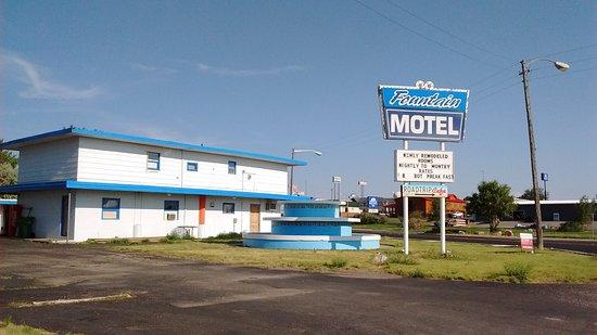 Fountain Motel Specialty Hotel Reviews Wall Sd