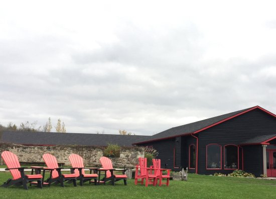Grey County, Canada: The winery and seating.