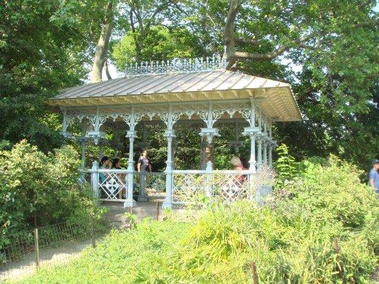 Ladies Pavilion